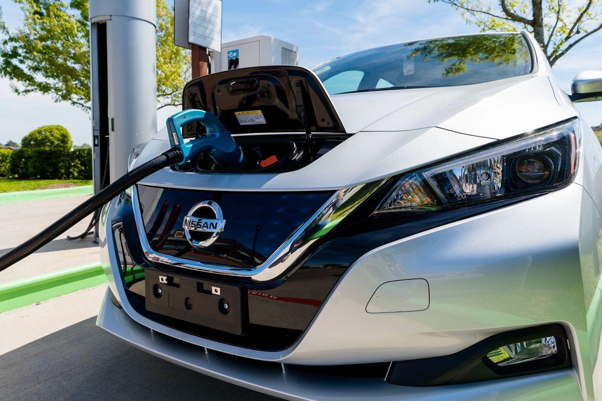обслуживание электромобилей