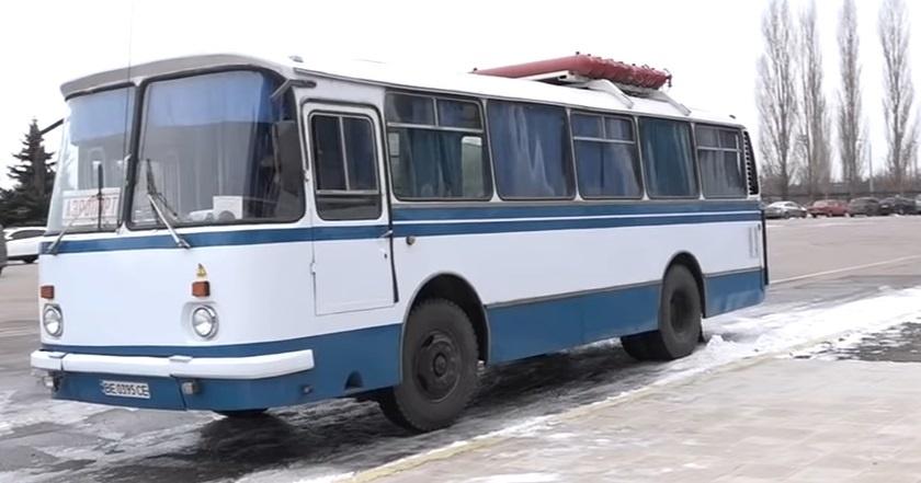 ЛАЗ-695НГ