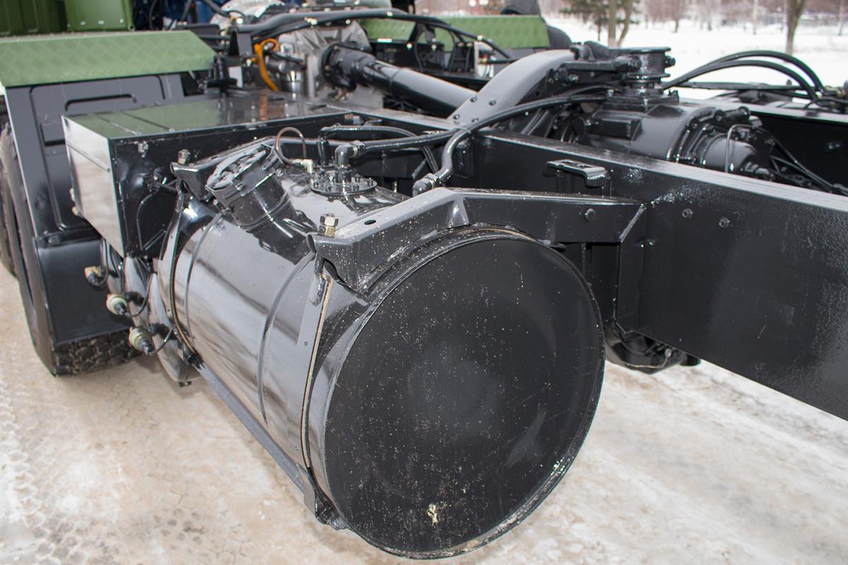 Cамоходное шасси КрАЗ 8х8 сАКПП для установки тяжелых вооружений