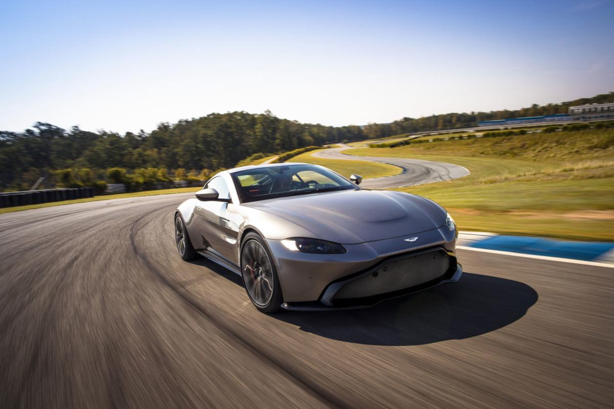 Самые дорогие машины 2018 года - Aston Martin Vantage 2018