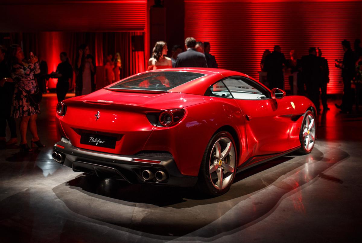 Самые дорогие машины 2018 года - Ferrari Portofino 2018