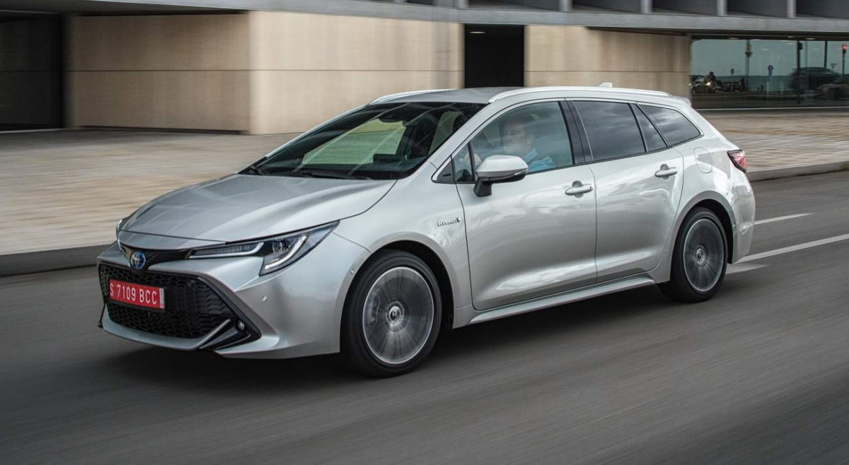 Тойота Corolla получила спортивную ивнедорожную версии