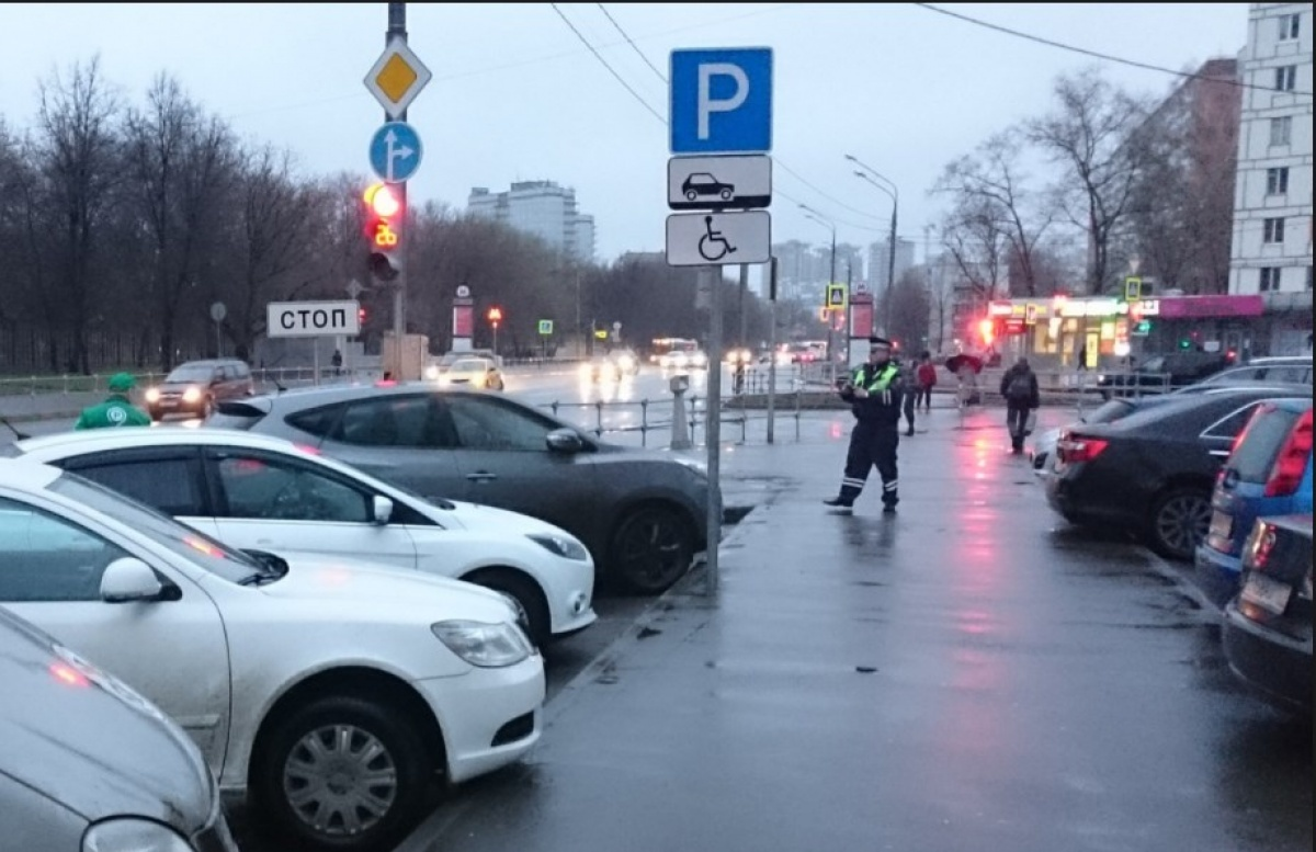 В каких случаях могут забрать авто на штрафплощадку - нарушегние правил парковки