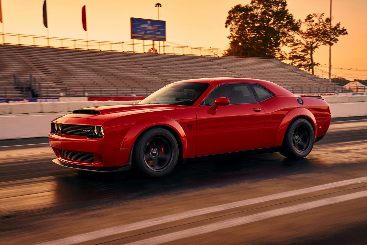 Разгон от 0 до 100 км/ч меньше, чем за 3 секунды - Dodge Challenger SRT Demon