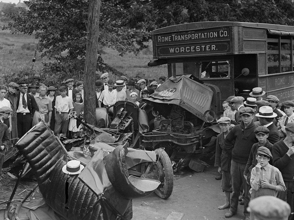 ДТП 30-х годов фотоколлекция: автомобильная авария_9