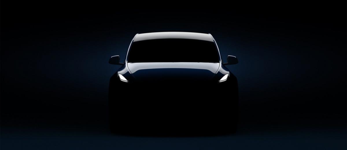тизер Tesla Model Y