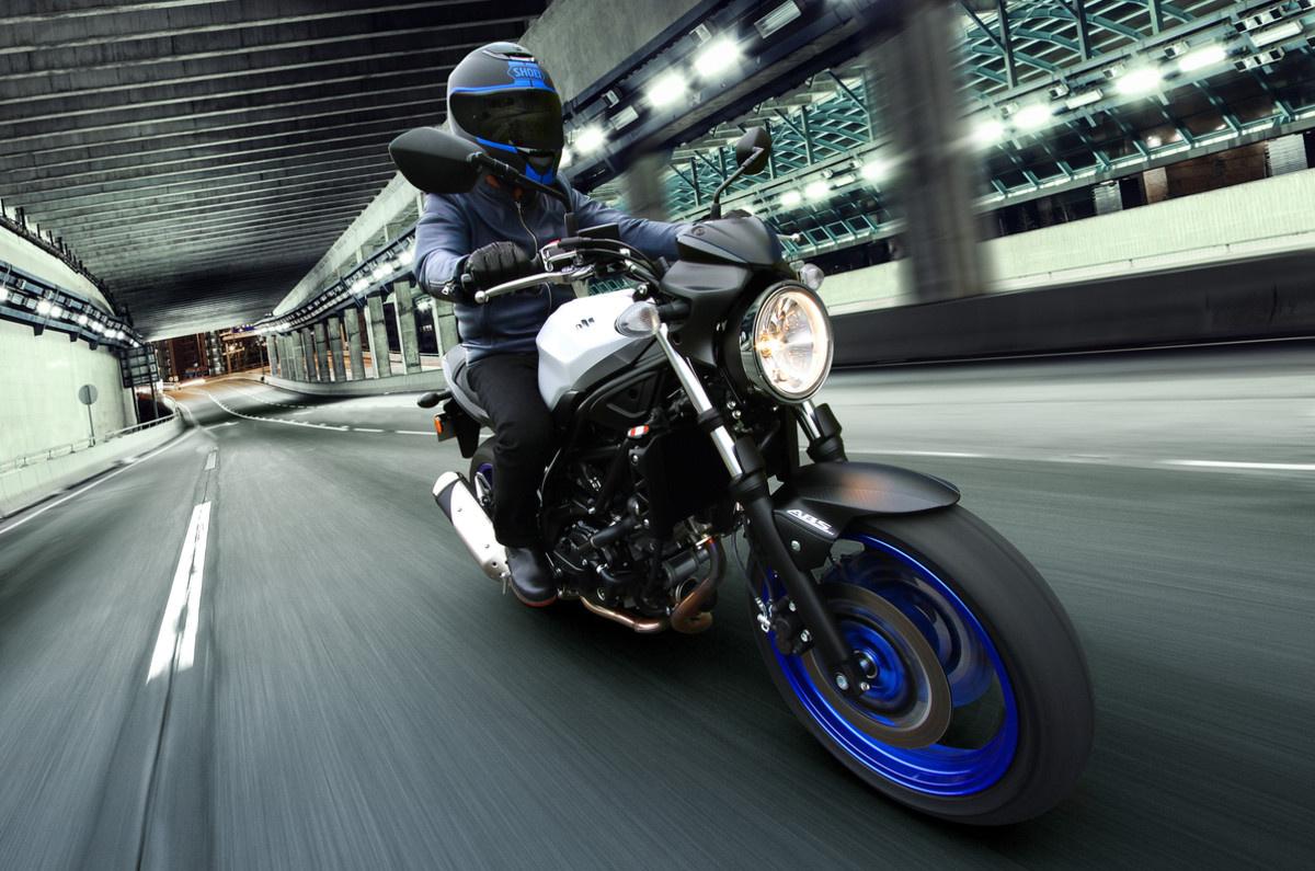 дорожный мотоцикл Suzuki SV650 Украина