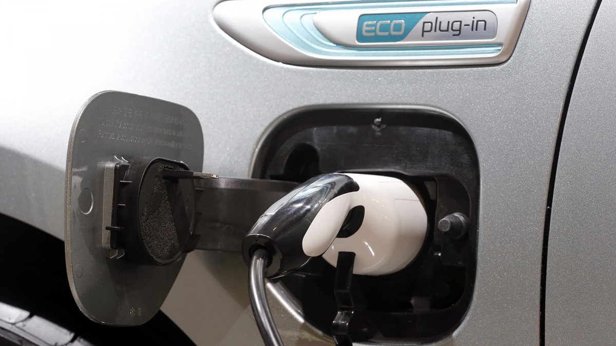 Гибридные автомобили VS бензиновые