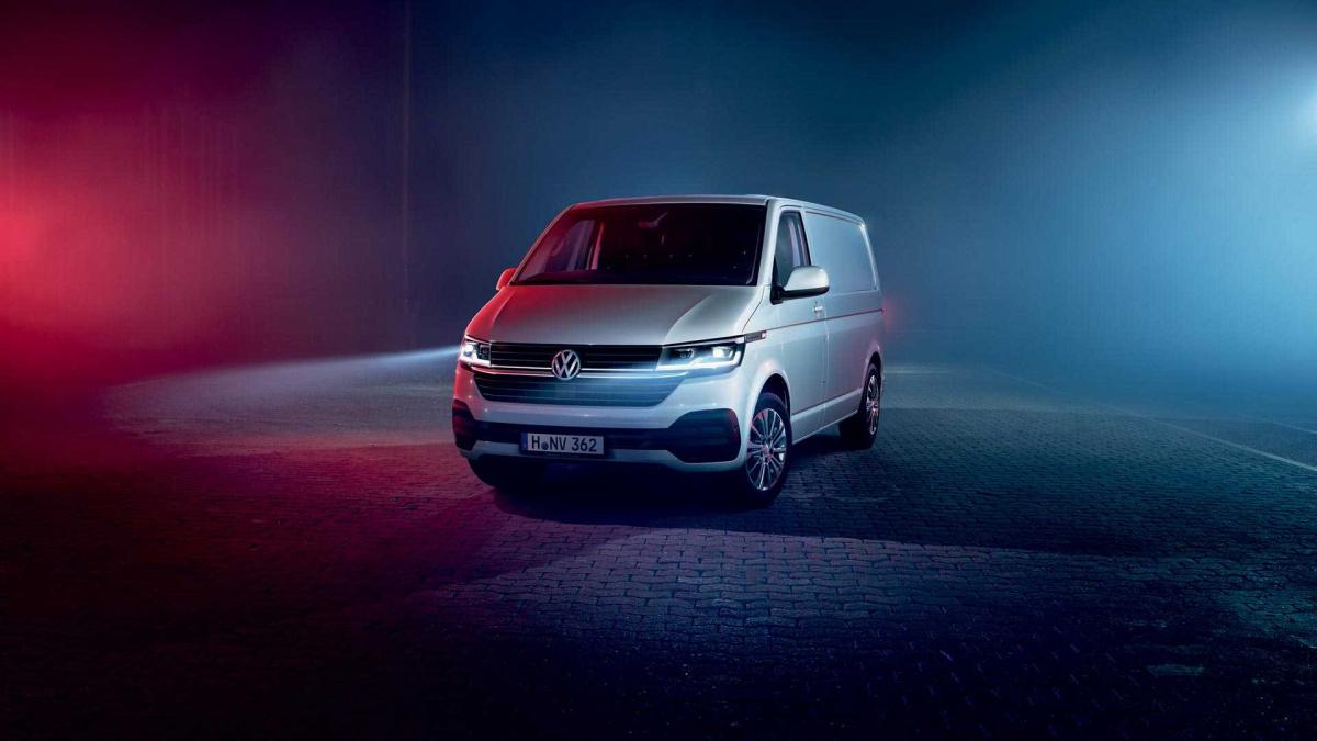 НовинкаVolkswagen представил новый Transporter 6.1 Юрий Гоголев