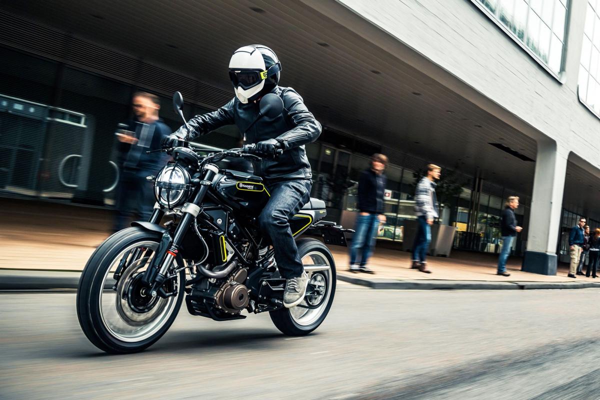 что такое дорожный мотоцикл