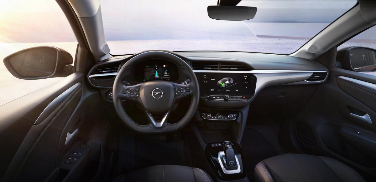 Электрокар Opel Corsa-е салон