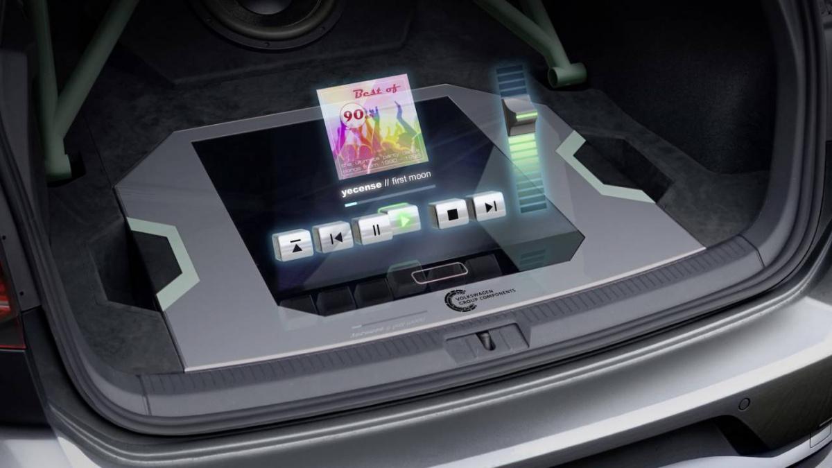 Golf GTI Aurora голографическая мультимедийная система