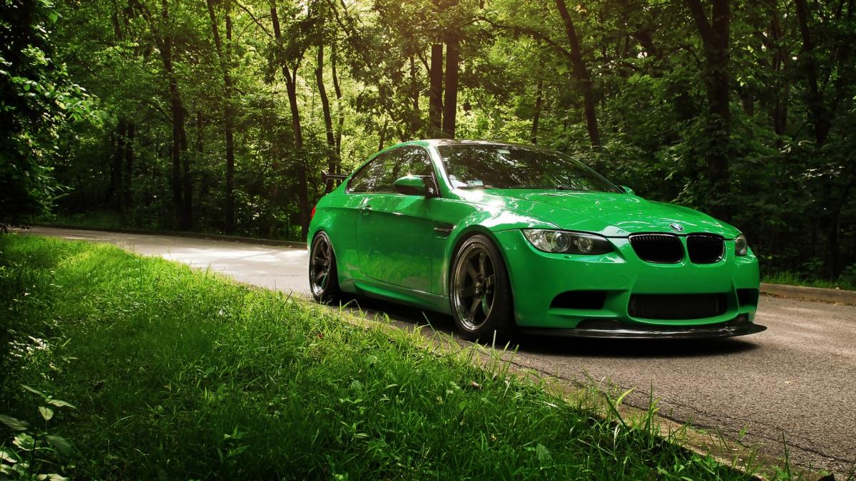 Зеленый цвет авто