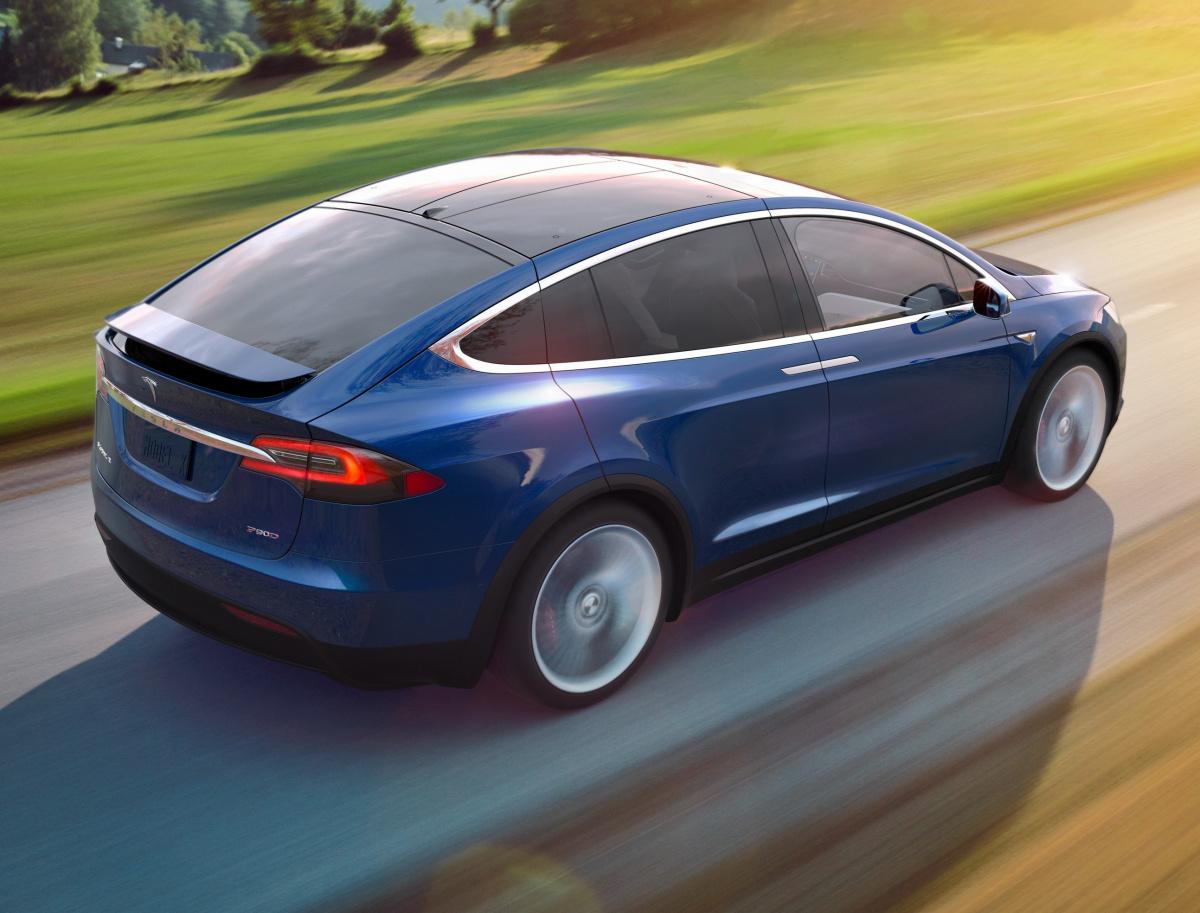 Apple собиралась приобрести Tesla, однако все испортил Илон Маск