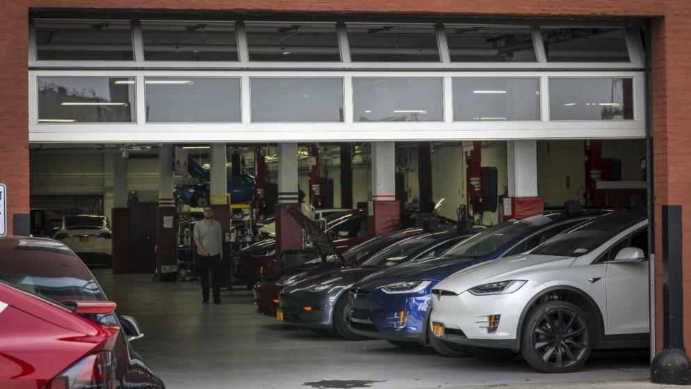 Тесла объявила что ее электрокарам не нужно ежегодное ТО