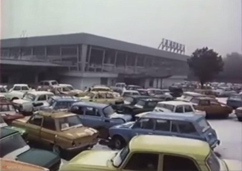 Чернобыль оставленные автомобили