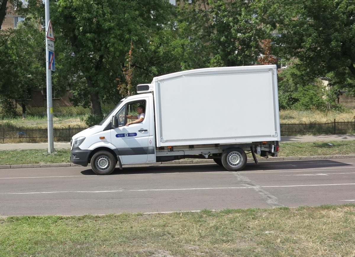 Фургон Solomon с заниченной крышей Slipstream