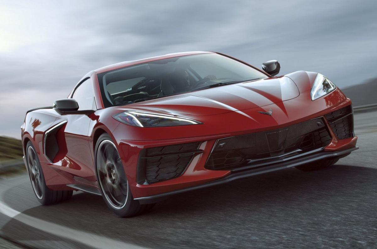 представлен Chevrolet Corvette C8 бюджетный ответ Ferrari и