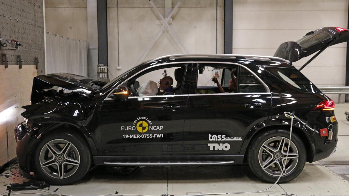 Euro NCAP 2019 - Mercedes B-Class и GLE