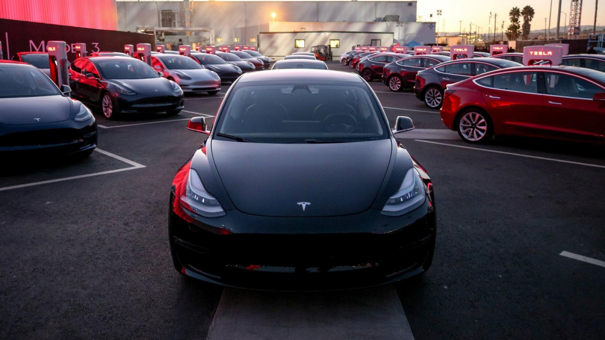 продажи Tesla в первом полугодии 2019 года