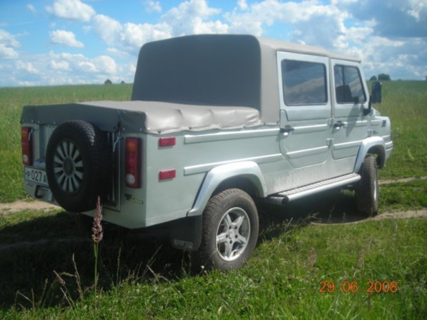 ЛуАЗ 969М Poacher