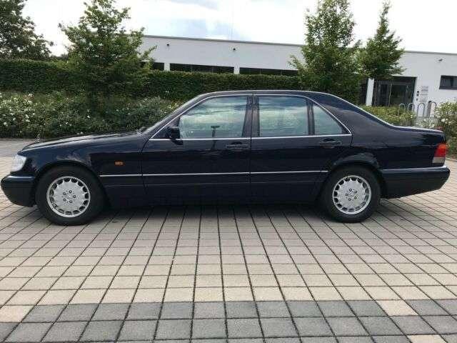 Идеальный Mercedes S-Class 90-х продают по цене нового VW Golf