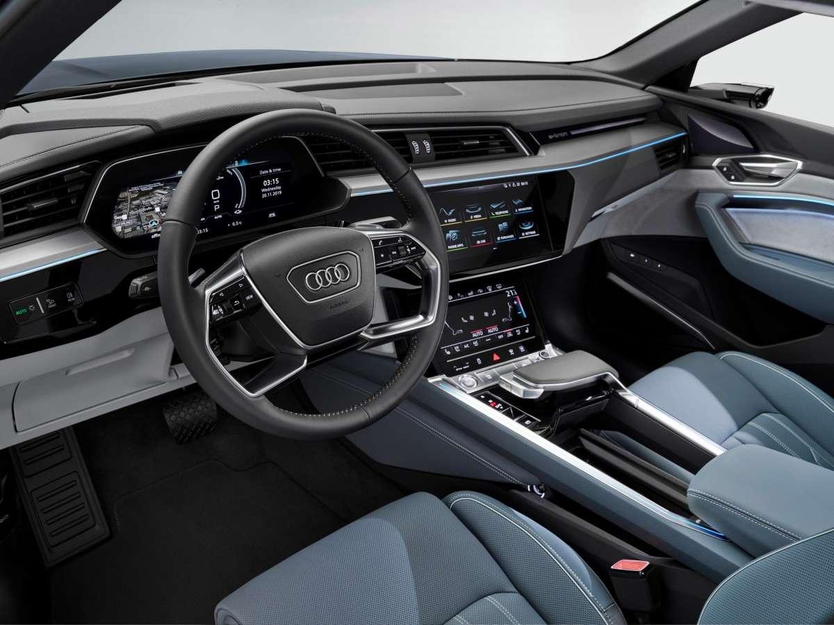 Новый электрокроссовер Audi: стильный дизайн и почти 500 км запаса хода