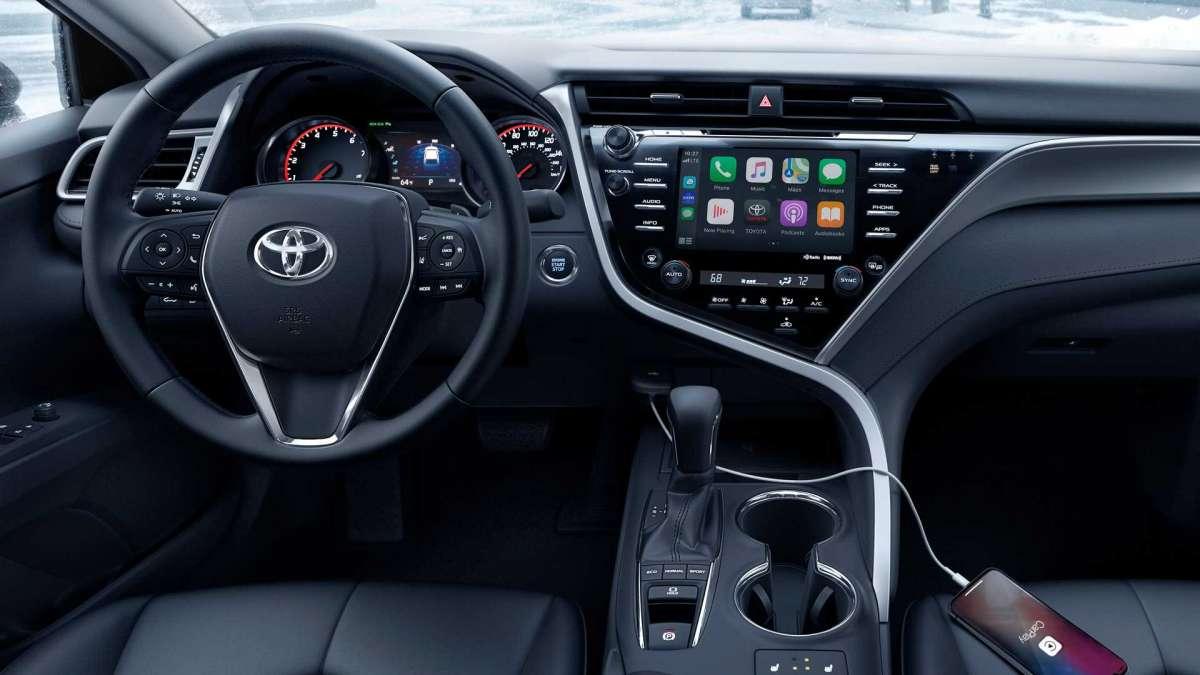 Toyota Camry 2020 получила «зимнюю» модификацию