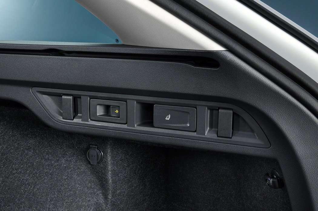 Какими технологиями удивила новая Skoda Octavia 2020