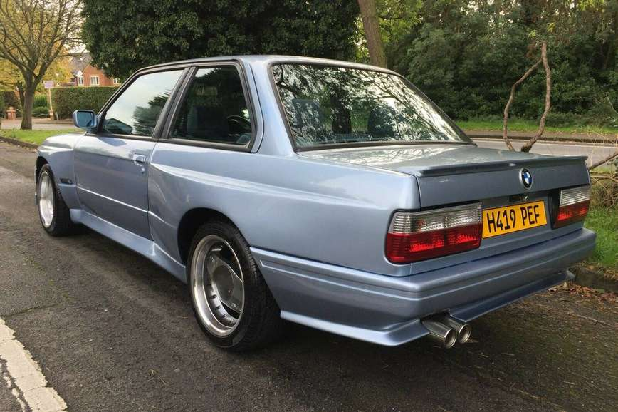 Культовую BMW M3 E30 продают по цене Равона