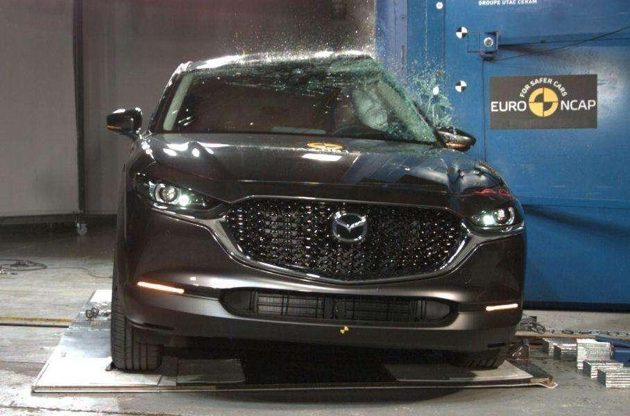 Новый кроссовер Mazda стал самым безопасным авто современности
