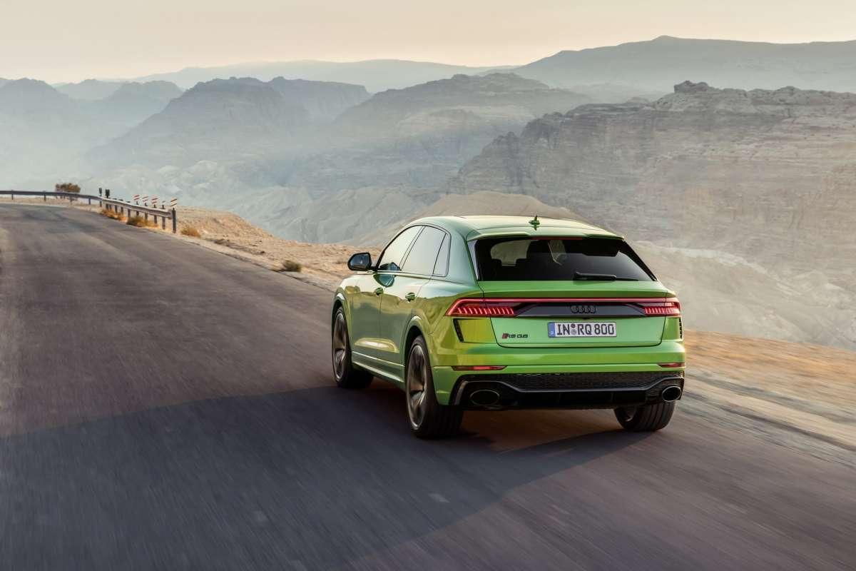 Заряженный кроссовер Audi стал самым быстрым в мире