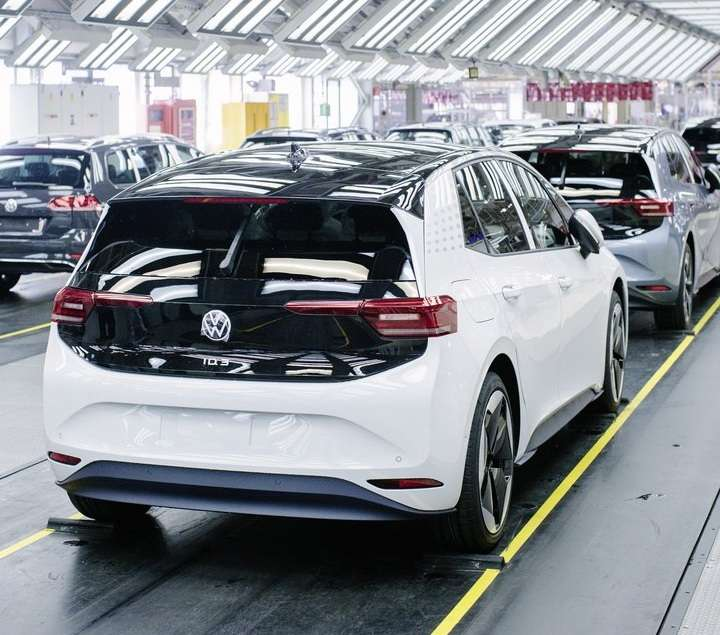 Новейший электромобиль VW отправился рвать рынок