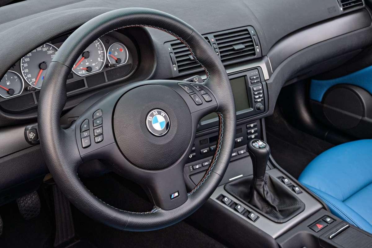 Водителям запретили ездить на BMW 3 E46