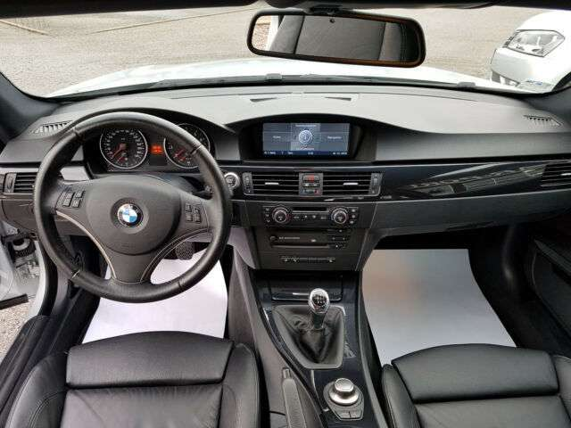 После тюнинга BMW 335i развивает свыше 300 км/ч