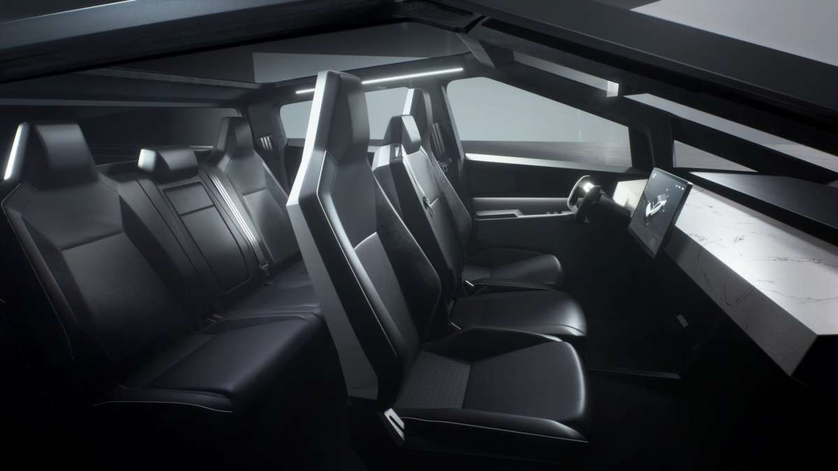 Электропикап Tesla Cybertruck: фантастический дизайн и 800 км запаса хода