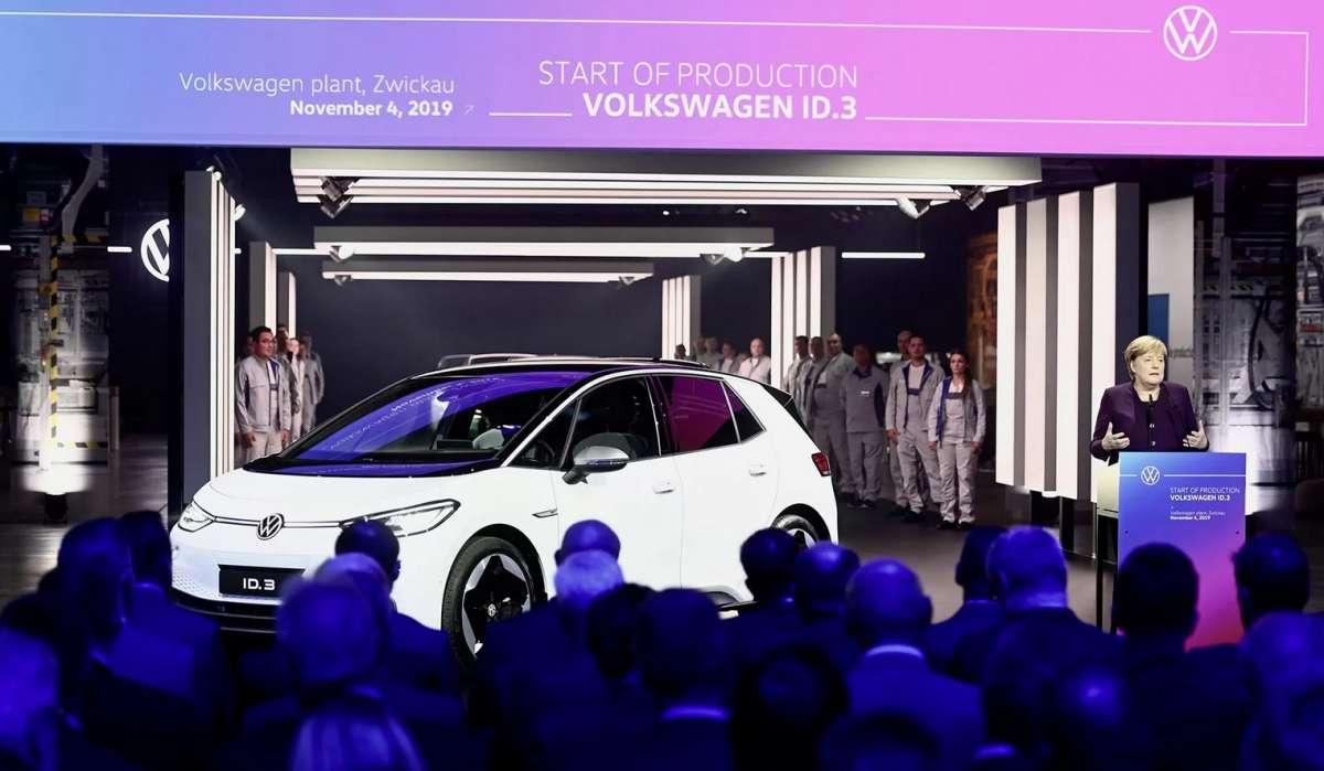 Ангела Меркель сделала электромобили более доступными