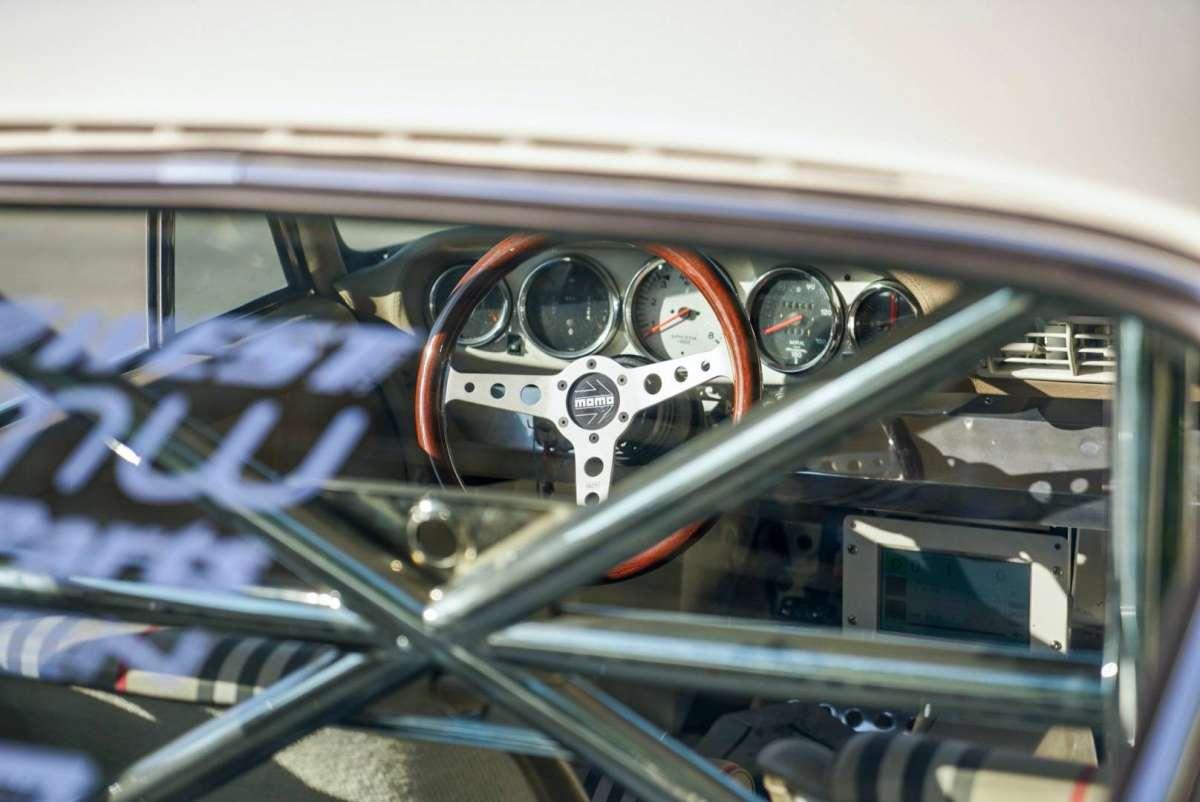 Первый электромобиль Porsche 911: мотор от Теслы и ретро-дизайн