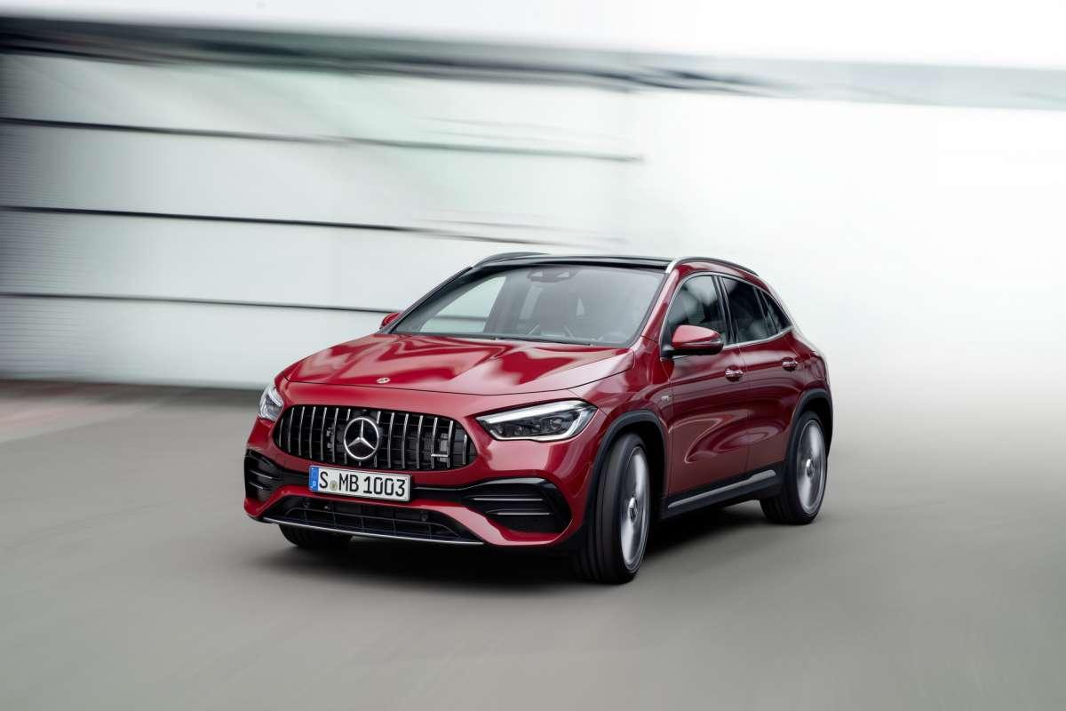 Новый Mercedes-Benz GLA 2020: яркий дизайн и гибридная установка