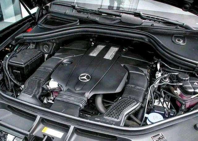 Китайский клон Mercedes GLS оказался дороже оригинала