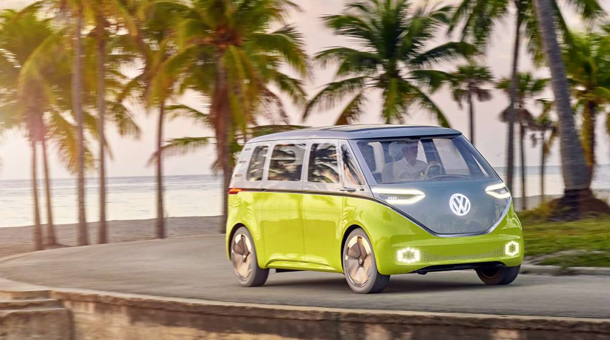 Беспилотные маршрутки Volkswagen будут обслуживать чемпионат по футболу