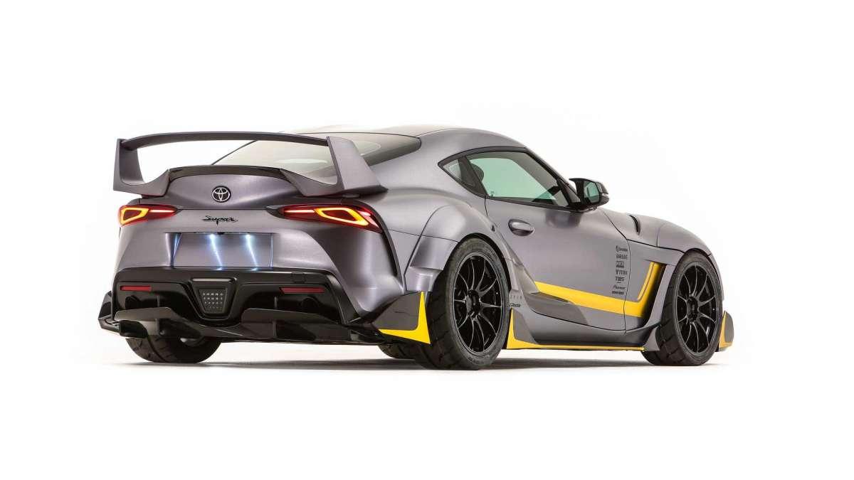 Заряженная Toyota Supra: 400 сил и море карбона